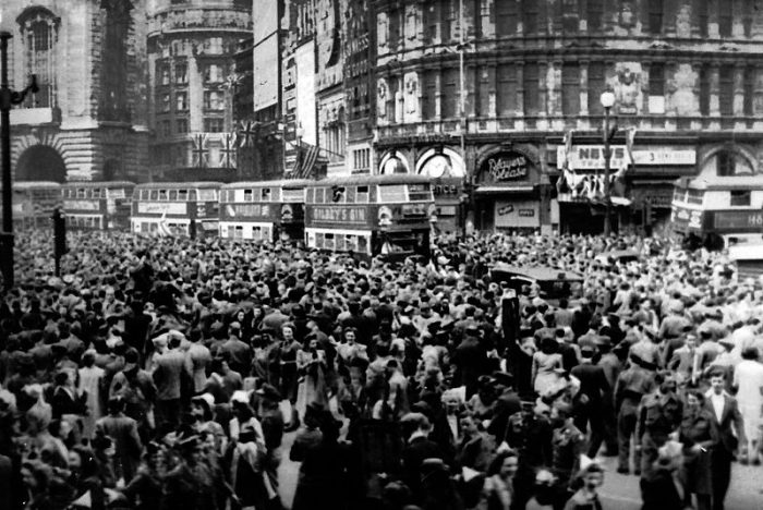 ve day piccadily