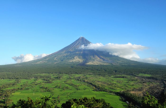 After new explosion Mount Mayon nears possible hazardous eruption