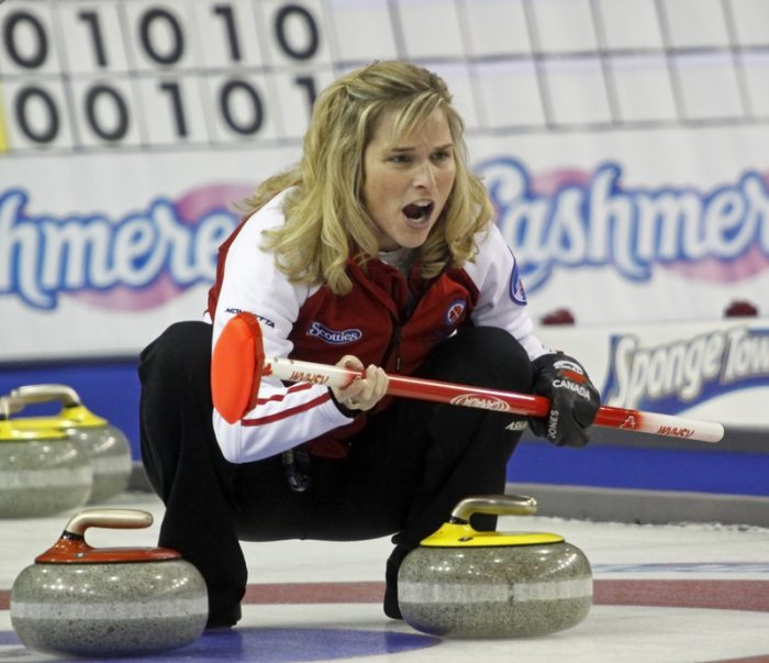 Jennifer Jones puts Canada's curlers back on top