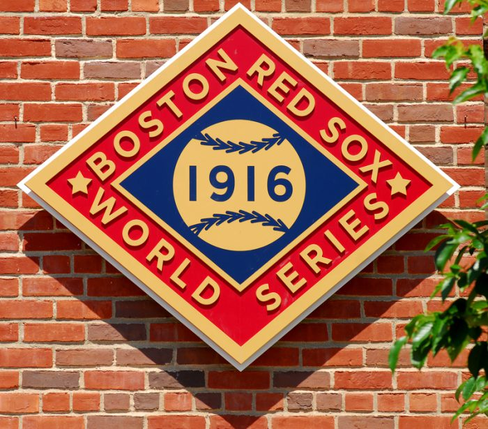 Boston and Los Angeles start the 2018 World Series tonight