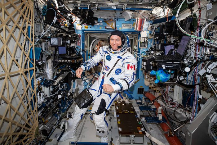 Astronaut David Saint-Jacques returns to Earth today!