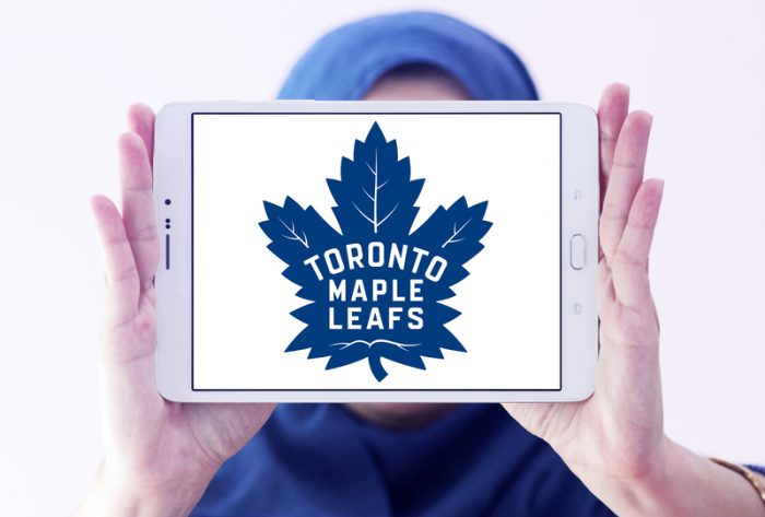 Maple Leafs wish fan Happy Birthday!