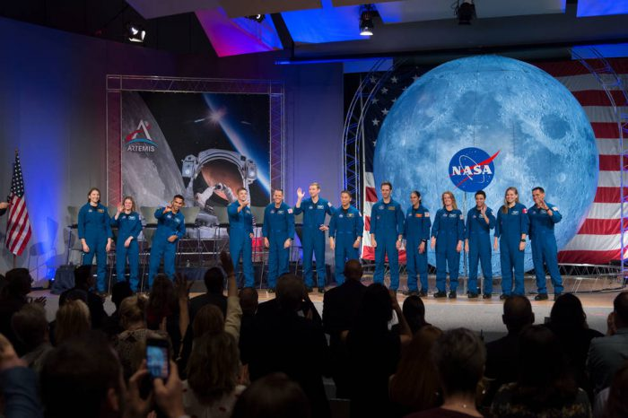 Thousands of Americans apply to join Artemis astronauts