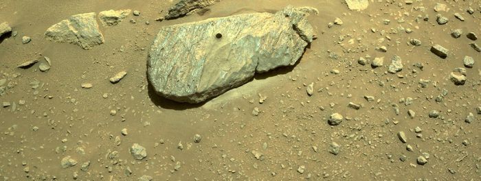 Rock on! Digging into mysteries of Martian rocks